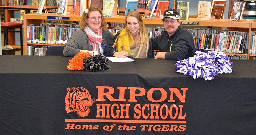 Ripon (Wis.) High School senior Janice Conlon (above) recently committed to Waldorf.