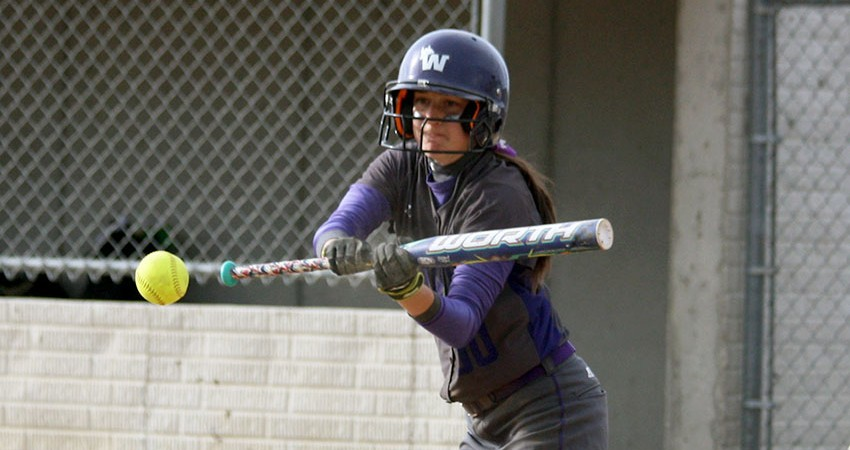 Waldorf's Taylor Bell (above) provided two hits in Saturday's 10-7 loss to Viterbo.