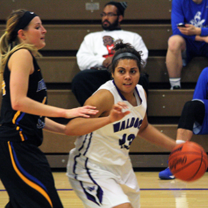 Lady T's cruise past Warriors