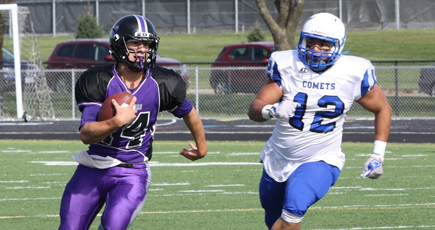 Waldorf's Brandon Butts (left) passed for 112 yards and a touchdown in Saturday's 33-25 loss to Mayville State.