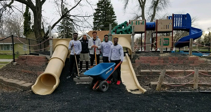 The Waldorf men's soccer team assisted the Hanson Family Life Center through a service project on Sunday.