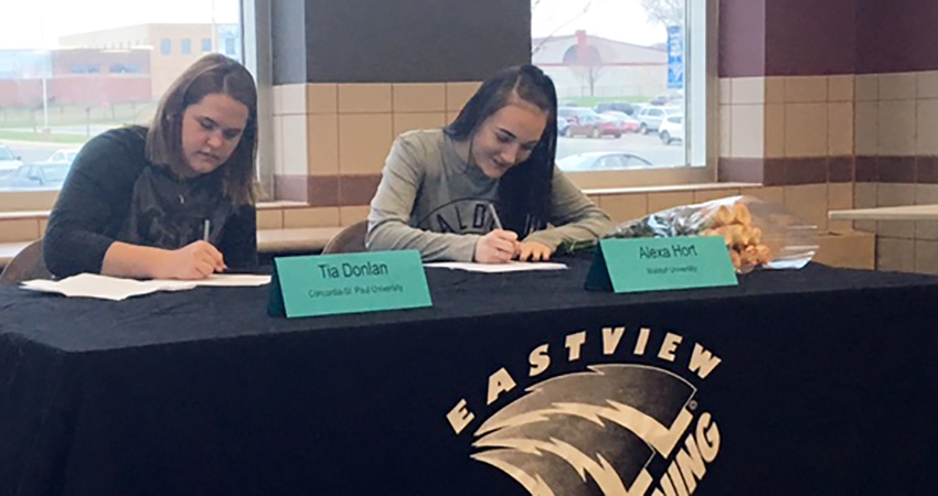 Apple Valley, Minn. native Alexa Hort (second from left) signed with Waldorf last Wednesday.