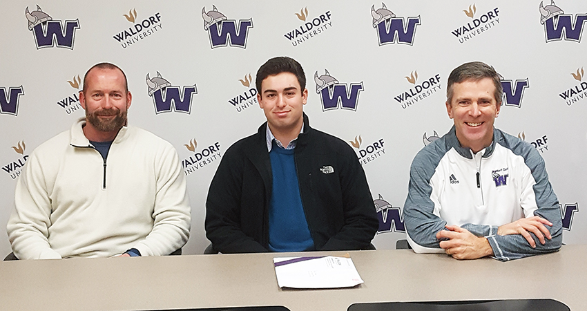 McKinney, Texas native Devin Marek (center) signed with Waldorf last Friday.