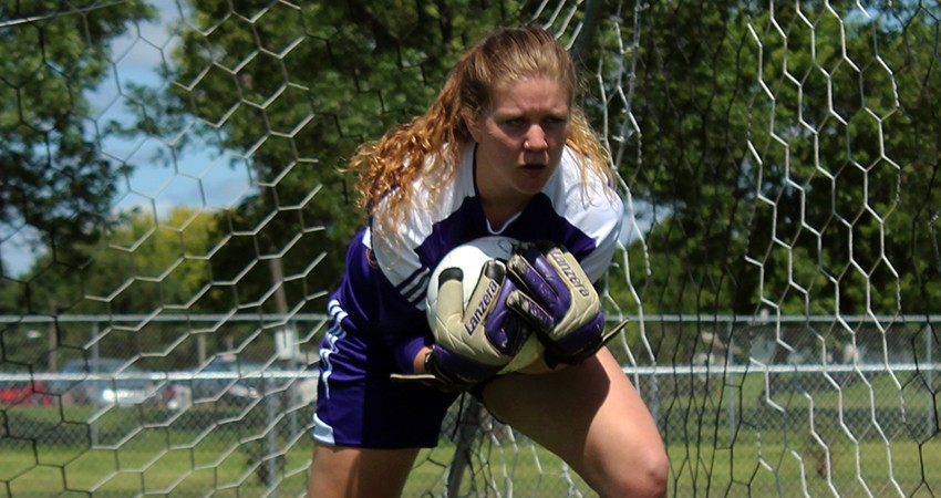 Waldorf's Hanna DeVries (above) collected 10 saves in Saturday's 0-0 double-overtime draw against Jamestown.