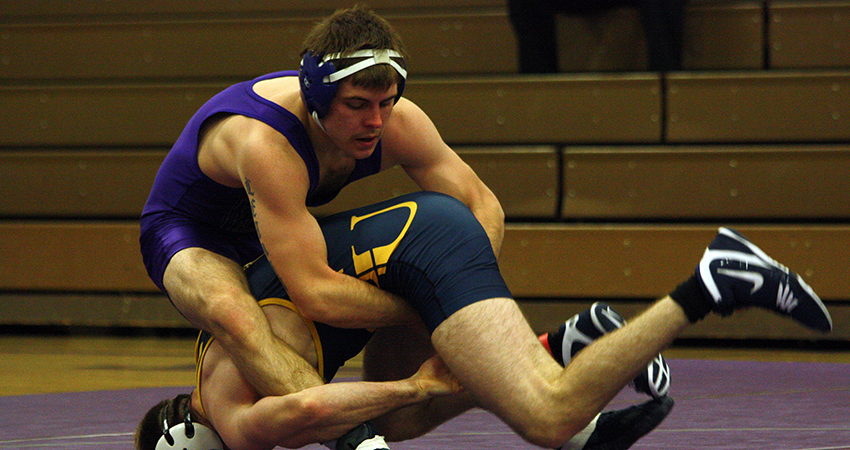 Waldorf's Taylor Lehman (above) earned fifth at 141 pounds during Saturday's BVU Open.