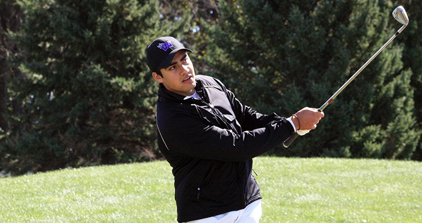 Waldorf's Zabdiel Flores (above) tied for fifth with a 142-stroke total in the William Penn Classic.
