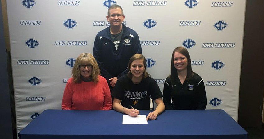 Michaela Graffunder (front, center), a junior transfer from Iowa Central, signed with Waldorf on Wednesday.