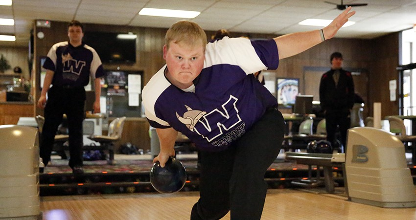 Waldorf's Damon Helgevold (above) placed 26th with an 892-pin total during the Five Seasons Classic.Waldorf's Damon Helgevold