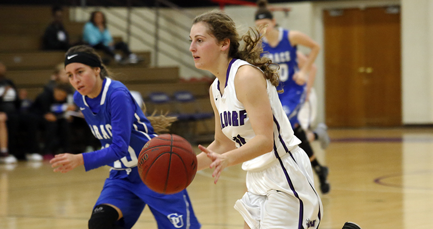 Waldorf's Morgan Straight (center) finished with 15 points, six steals and four assists in Friday's 77-63 win over Grace.