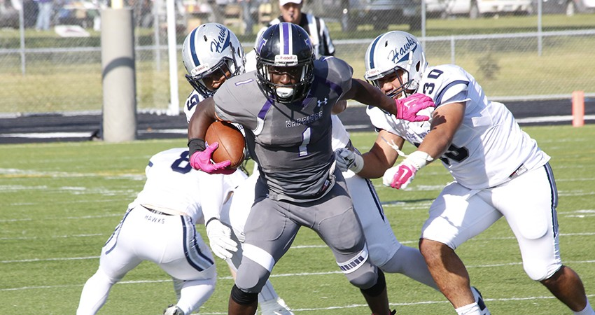 Waldorf's Maliek Stephens (above) rushed for 176 yards in Saturday's 49-20 loss to No. 14 Dickinson State.